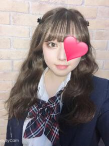 アイドル系美白少女☆『 ひなたちゃん (19才) 』登校予定☆|JKプレイ